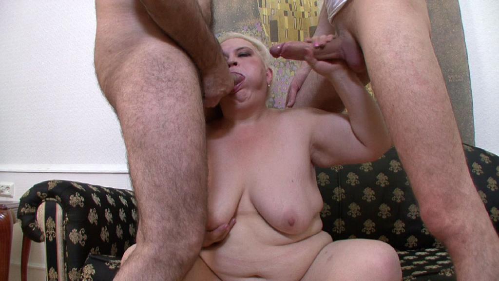 staraya-blondinka-porno